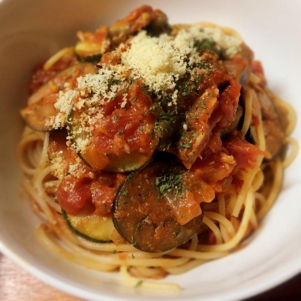 夏野菜がおいしいツナとトマトのパスタ