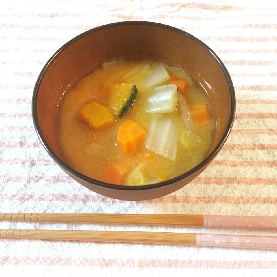 かぼちゃと白菜のお味噌汁
