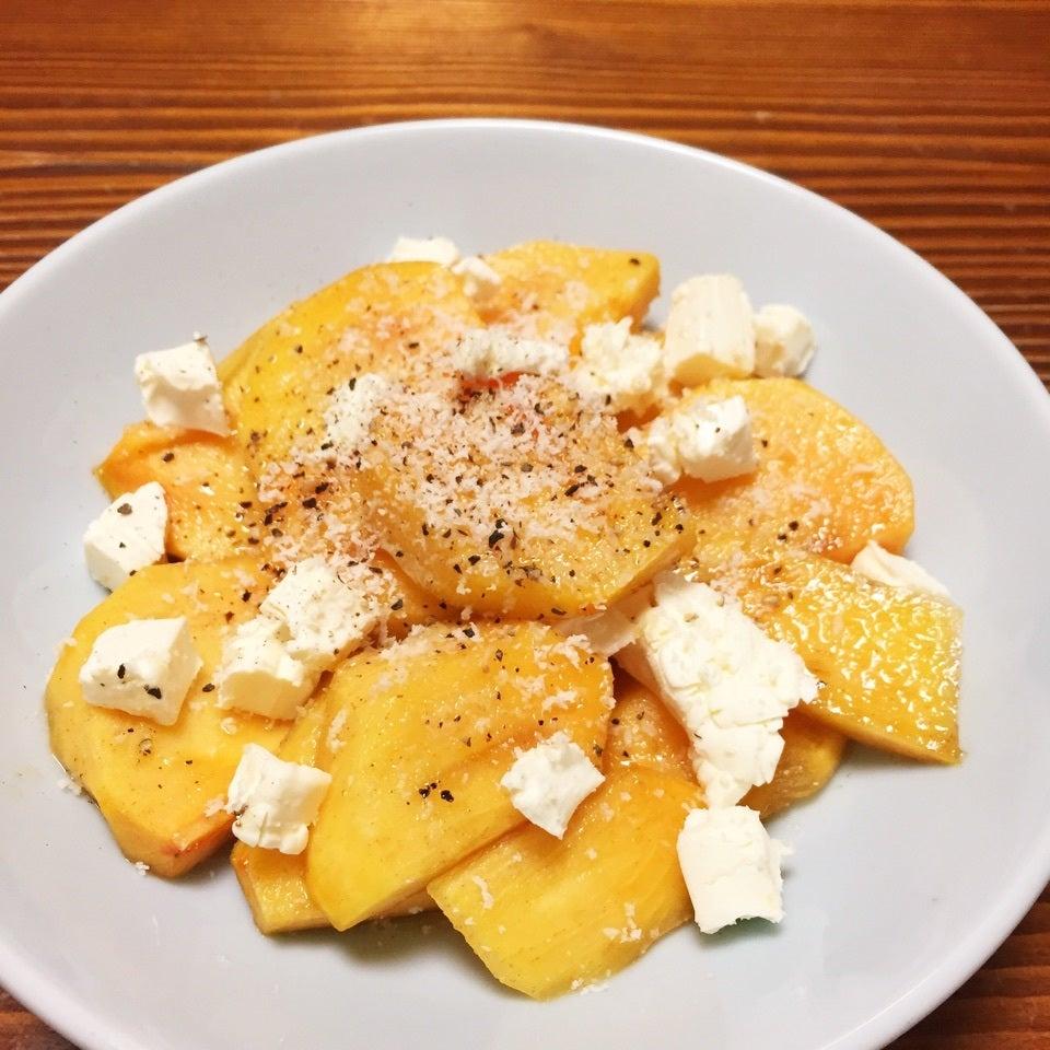 柿とクリームチーズのカプレーゼ