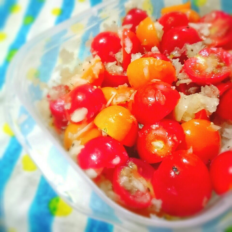 酢玉ねぎdeトマトマリネ